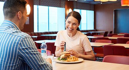 baarit ja ravintolat m/s Finlandia Bar Naissaar